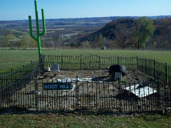 Hansen's Hold-up Bar and Grill: Their very own boot hill cemetary