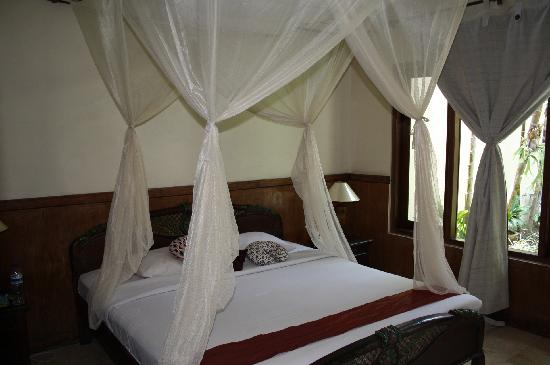 The Seminyak Village: Main bedroom