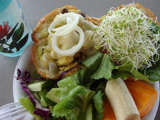 What's Shakin': I get a curried chicken sandwich - yummy