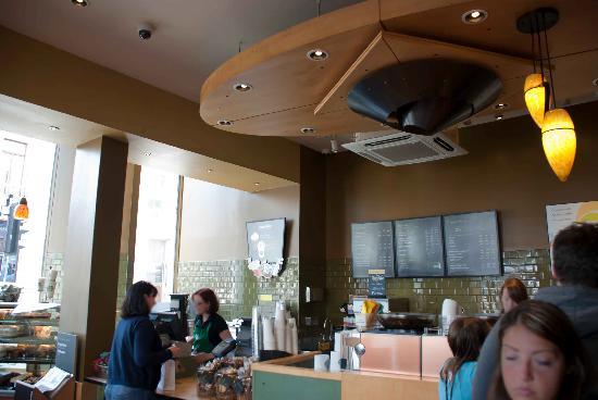 Starbucks: Service counter