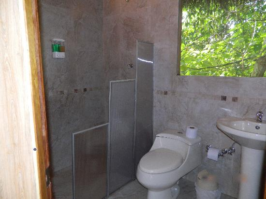 Cuyabeno Lodge: Bathroom