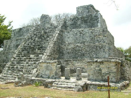Terracaribe Hotel: The pyramid at El Meco