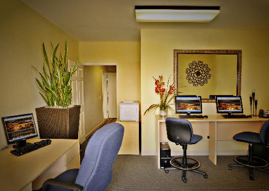 Grand Pacific Palisades Resort and Hotel: Business Services