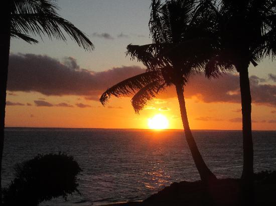 Outrigger Fiji Beach Resort : Sunset at Fiji