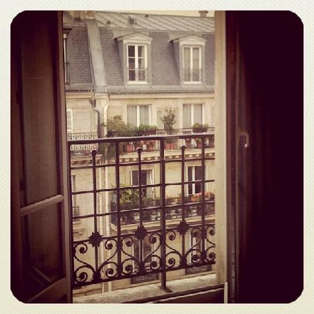 Paris France Hotel: The lovely view across Rue Turbigo