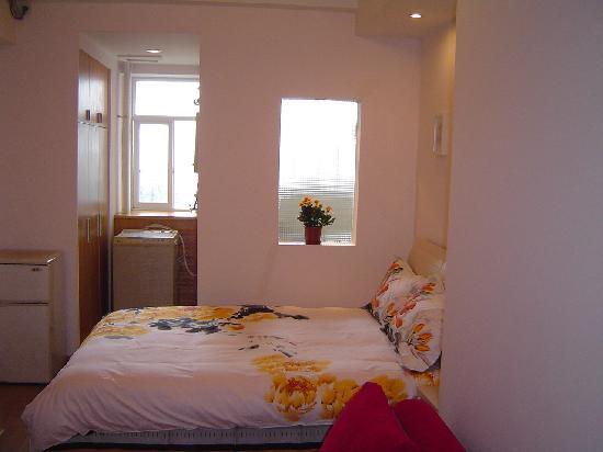 She Home: room