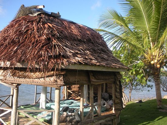Regina's Beach Fales: Another beach front fale at Regina's