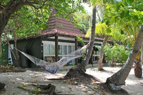 Treasure Island Resort: Our Bure - the hammock was nice