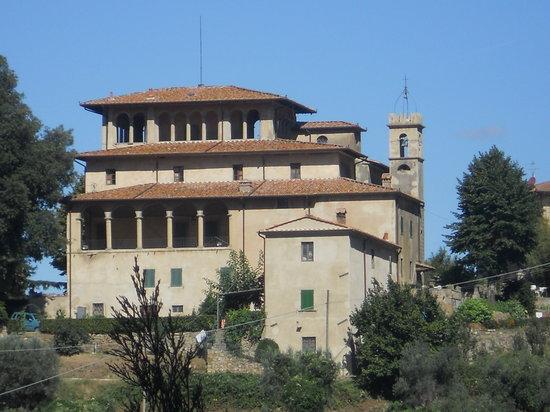 Villa di Papiano: widok willi