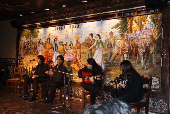 Tablao Flamenco Villa Rosa : cantaores