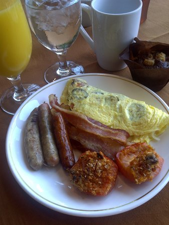 Basil's Bistro: My first helping of breakfast!