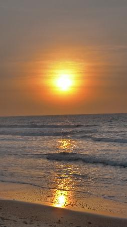 Senegambia Beach Hotel: sunset stunning