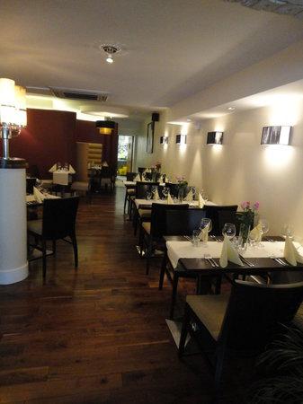Dominik's Restaurant