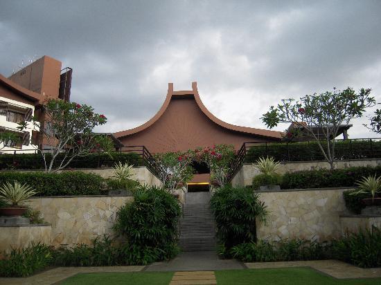 Shangri-La's Rasa Sayang Resort & Spa: アフタヌーンサービスのある会場
