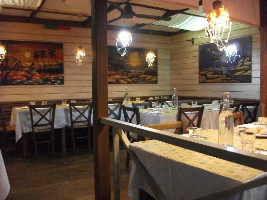 Byron Ristorante Pizzeria: Saletta interna