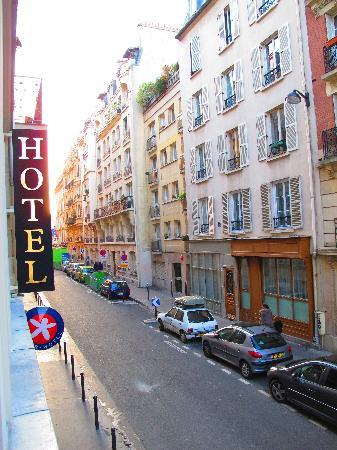 โฮเต็ล เมอริเดียนนัล: esterno dell'hotel