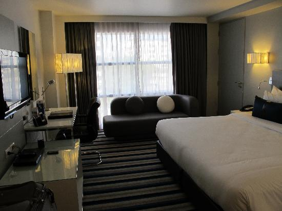 Best Western Plus at 20 Sukhumvit: Comfortable modern room