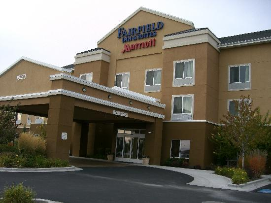 Fairfield Inn & Suites Boise Nampa: Hotel outside.