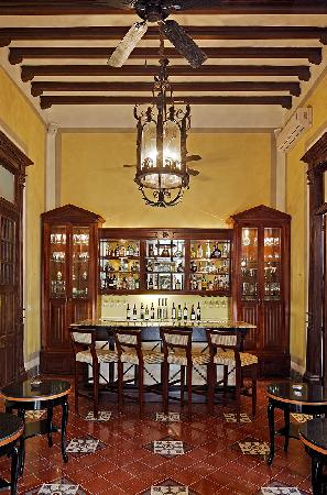 Casa Lecanda Boutique Hotel: Wine Bar