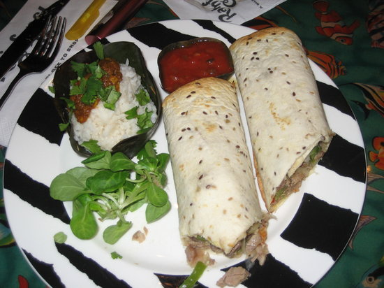 Rainforest Café: Wraps with rice.