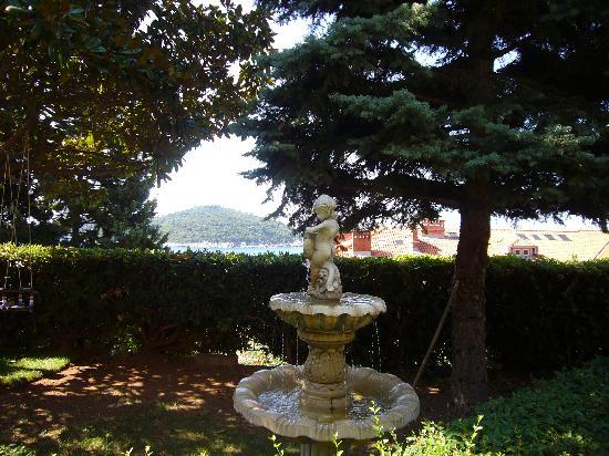 Villa Gloria: En la entrada a la casa