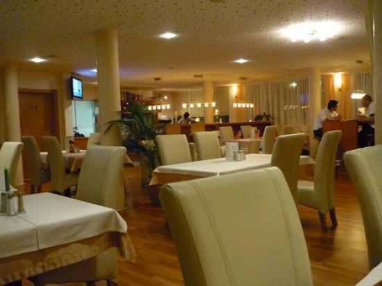 Apart Hotel Rosmarin: Restaurant