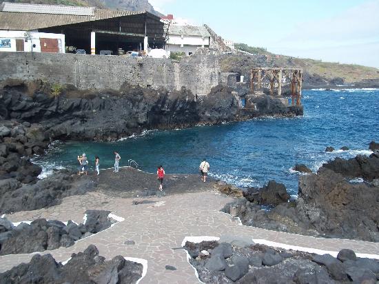 le piscine naturali foto di garachico garachico