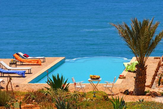 piscine d bordement picture of kasbah tabelkoukt mirleft tripadvisor. Black Bedroom Furniture Sets. Home Design Ideas