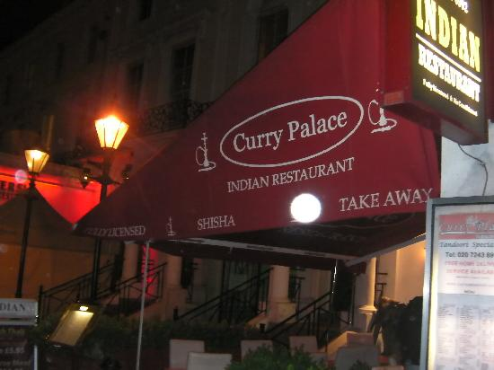 Curry Palace : outside