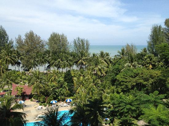 Bayview Beach Resort : View of the sea from the room balcony.