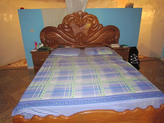 Campement Le Nieriko : our bed