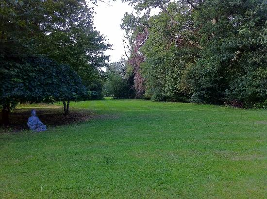 Waterhall Country House, Gatwick: The gorgeous grounds