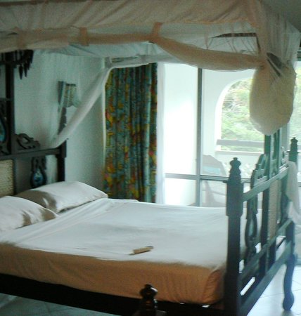 Southern Palms Beach Resort: room