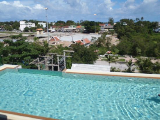 The Avenue Samui: Rooftop pool