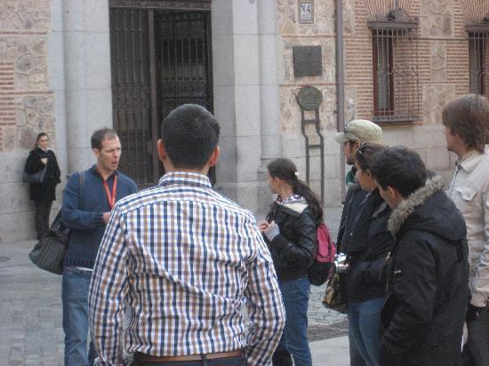 SANDEMANs NEW Europe - Madrid: Plaza de Villa