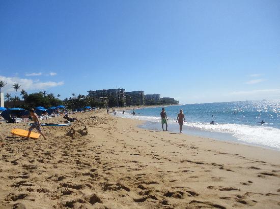 Ka'anapali Beach: beach from Sheraton to Hyatt