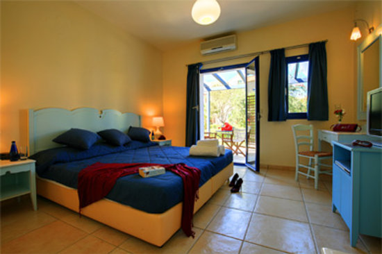 Avithos Resort: Enjoy the comfort in our rooms