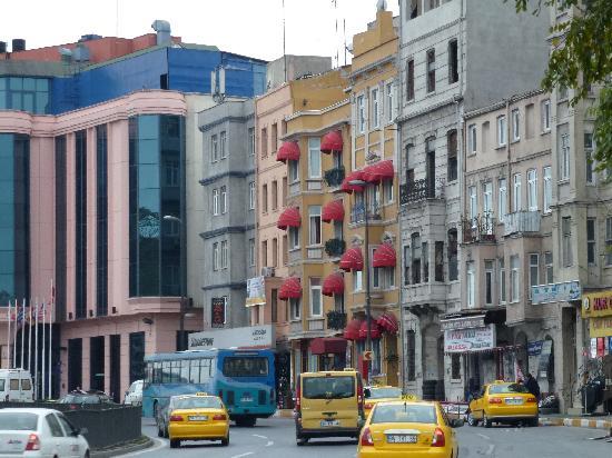 Hotel Santa Hill: exterior