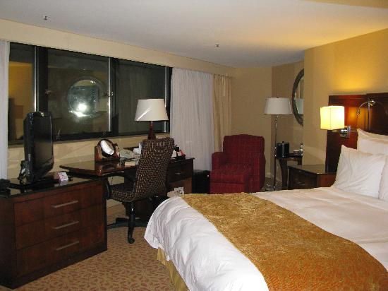 Jake's 58 Hotel & Casino: Nice room