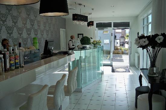 Regent of Rotorua: Bar area