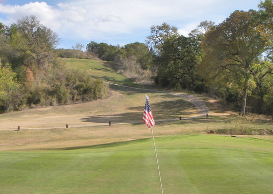 Pine Forest Golf Club : Pine Fores demands accuracy from the tee