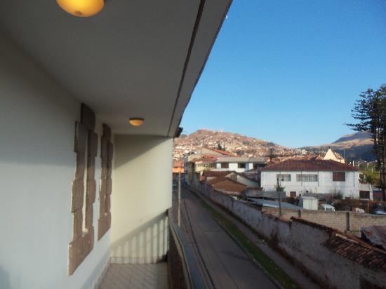 Cusco Pardo Hotel: Otra vista desde el balcon