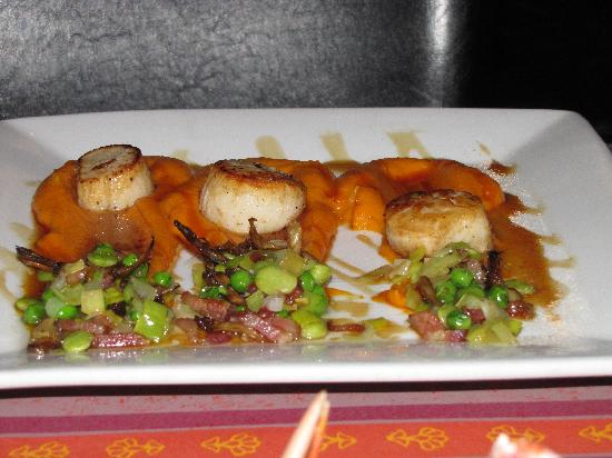Indulge French Bistro : Scallops