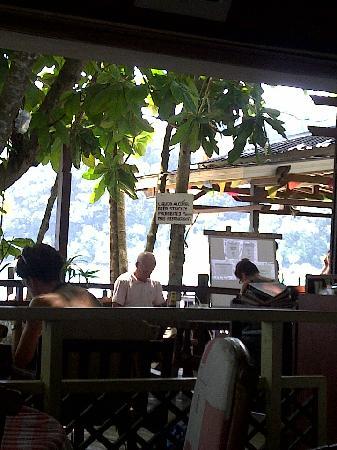 Coral View Island Resort: restaurant