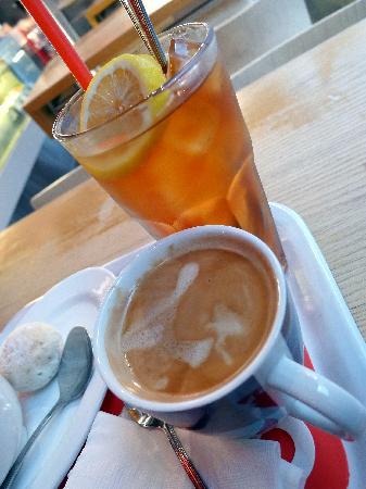 Cafe O: Iced Lemon Tea and Coffee
