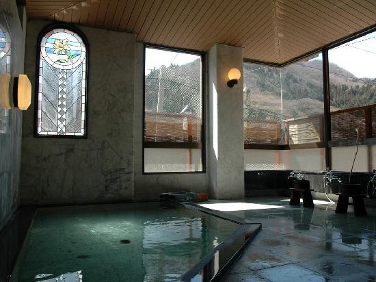Shima Onsen Kashiwaya Ryokan: Public Onsen bath