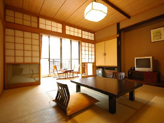 Shima Onsen Kashiwaya Ryokan: Japanese style room