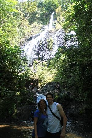 Naveria Heights Lodge: waterfall hike