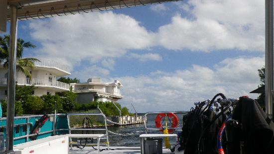 Amy Slate's Amoray Dive Resort: Returning from a dive