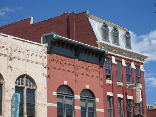 Historic Downtown Durango : No cookie-cutter same-ness -- Vast Architectural Variety